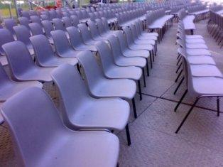 Sedie In Plastica Usate.Noleggio Sedie Usate